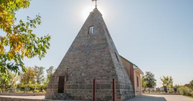 Poltava pyramid. Commandant