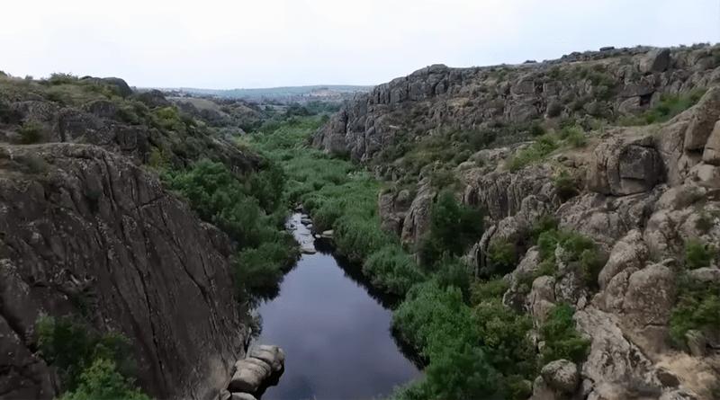 Aktovsky Canyon