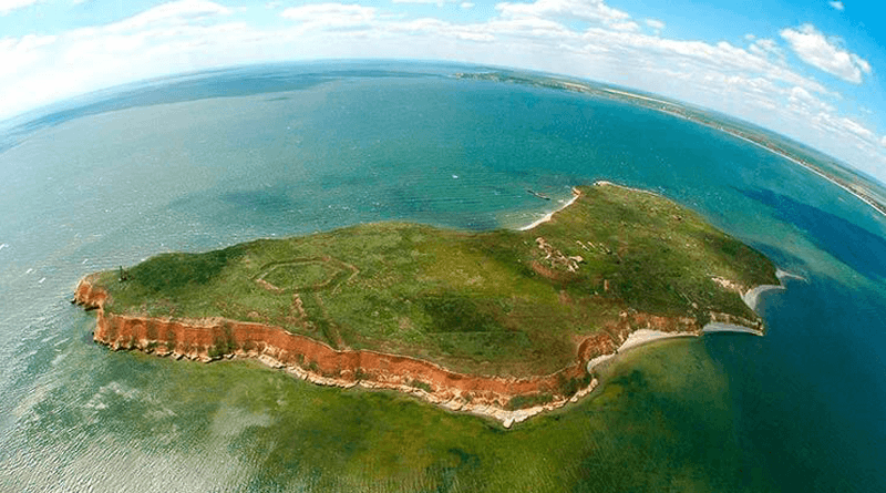 Безлюдний острів Березань