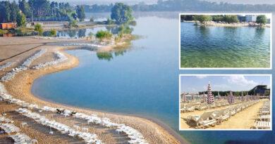 Блакитне озеро під Києвом